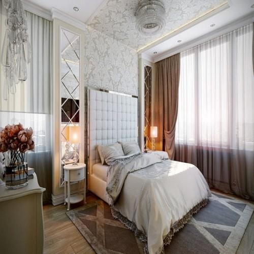 Зеркальное панно в спальню около кровати